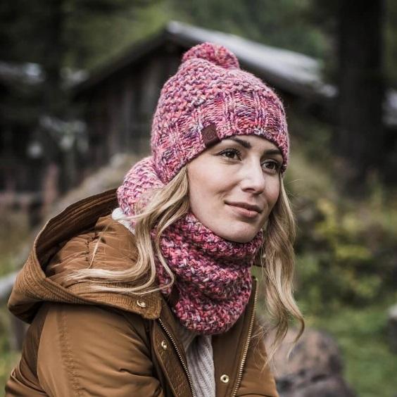 Margo Pink Model